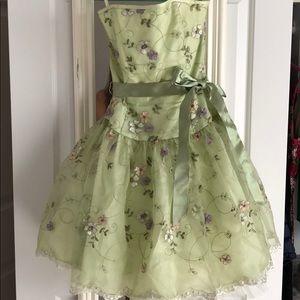 Jessica McClintock floral dress